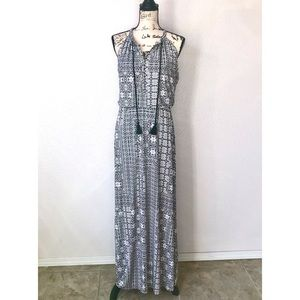 Adrienne Vittadini Tribal Black White Maxi Dress L